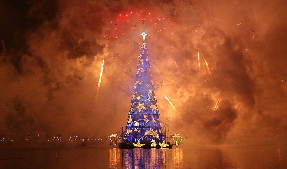 L'albero di Natale galleggiante di Rio de Janeiro