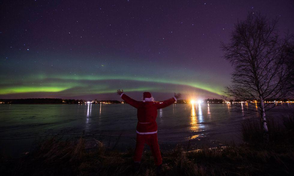 Babbo Natale e l'Aurora boreale