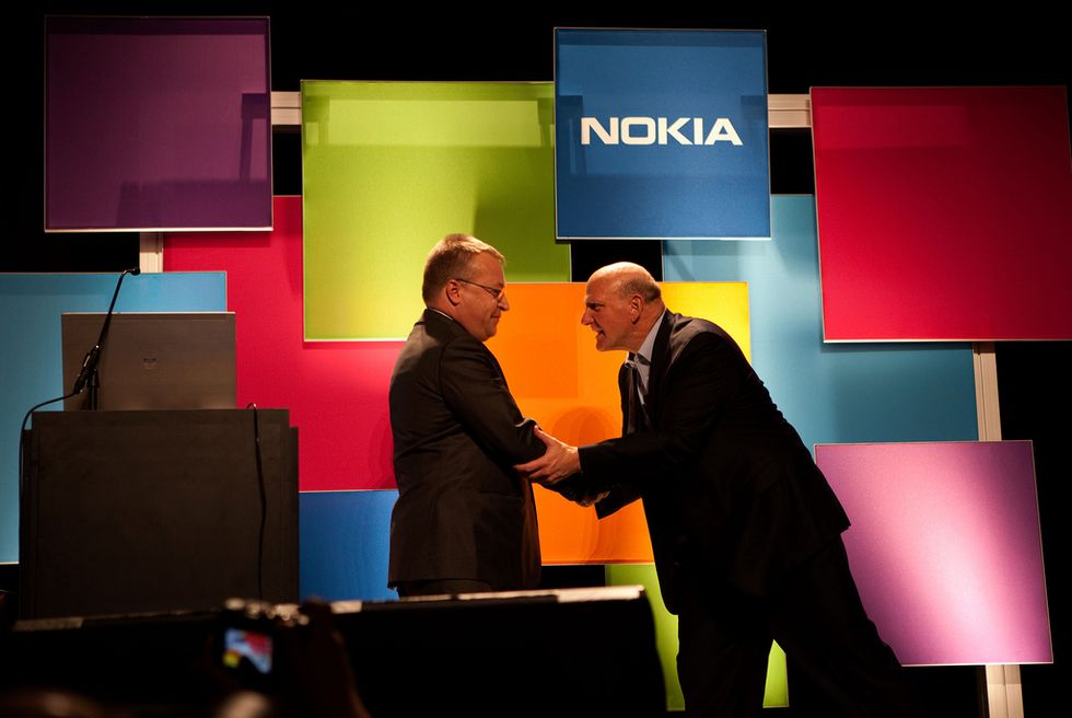 Perché Microsoft si compra Nokia
