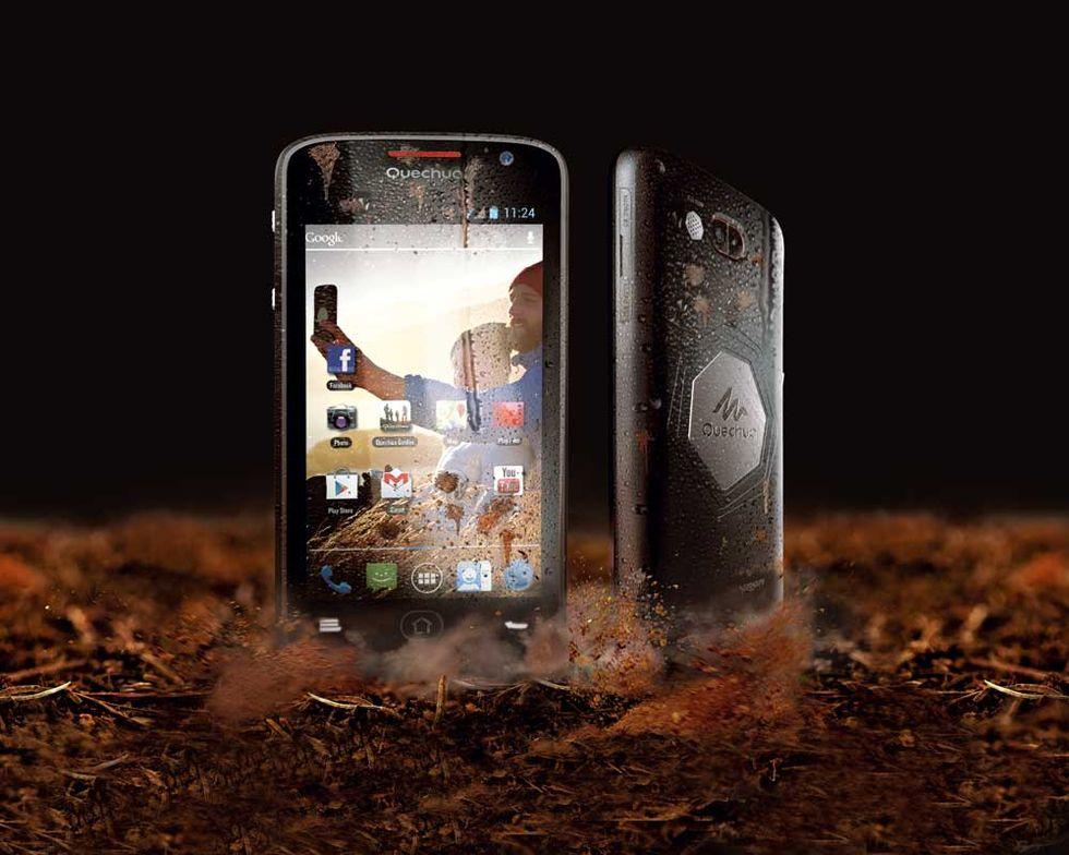 Decathlon: Quechua Phone lo smartphone per lo sport
