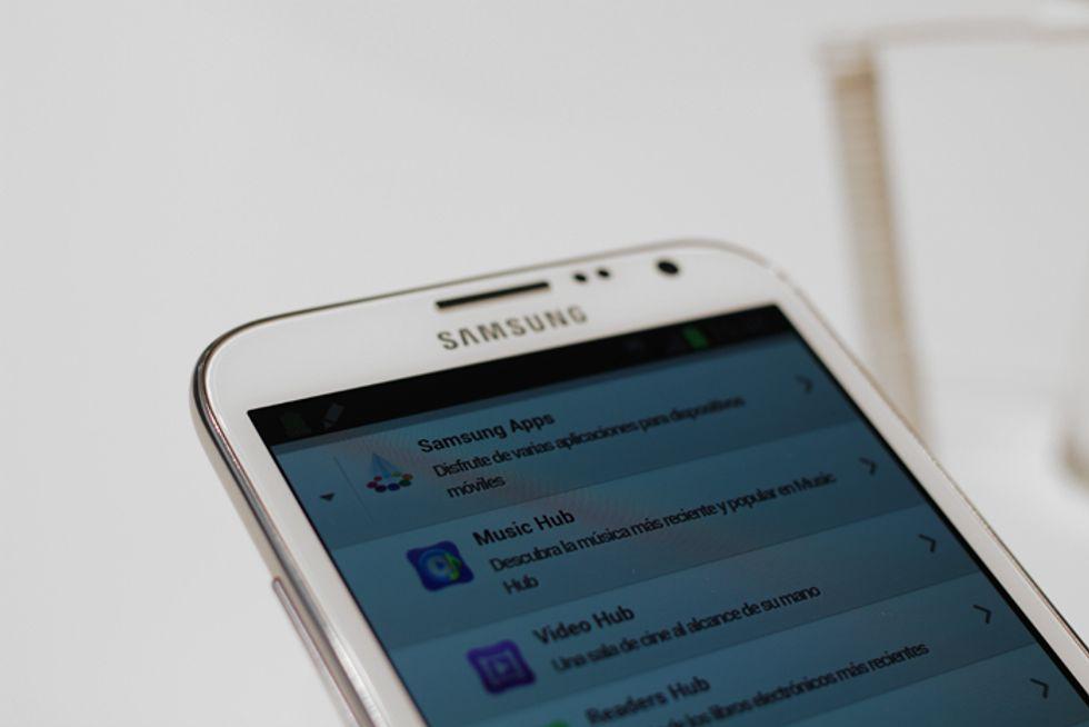 "Il Samsung Galaxy S5 avrà un display ""esterno""?"