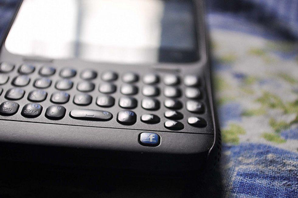 Facebook legge gli sms su Android? Ecco la verità