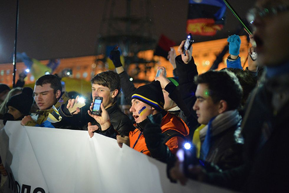 Ucraina: la polizia ha spiato i cellulari dei manifestanti