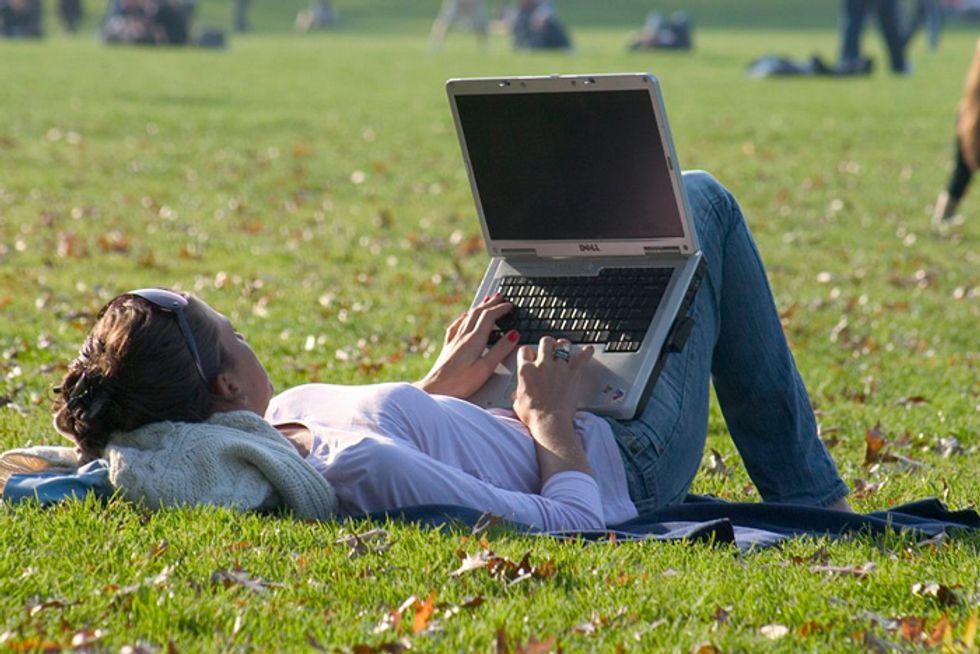 Dating online: l'arte del primo messaggio