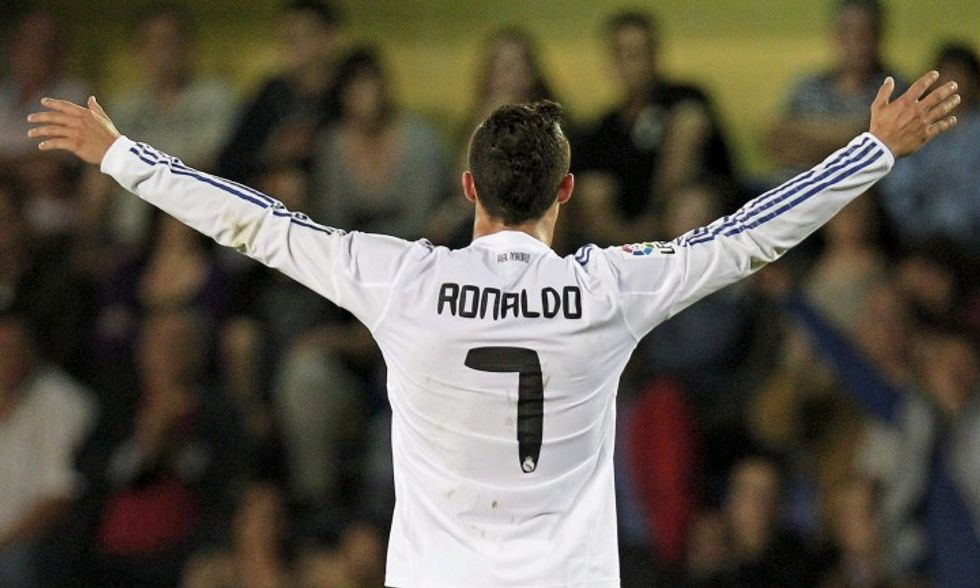 Ronaldo, rinnovo col giallo