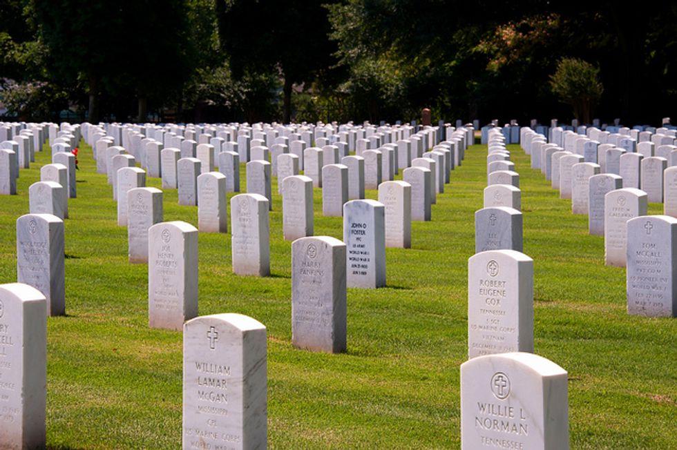NSA senza fine: monitoraggio anche dopo la morte