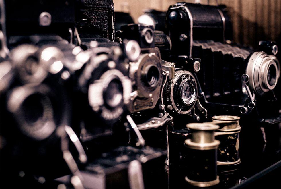 Viaggio nel fotogiornalismo con Mario Dondero, da Budapest a New York