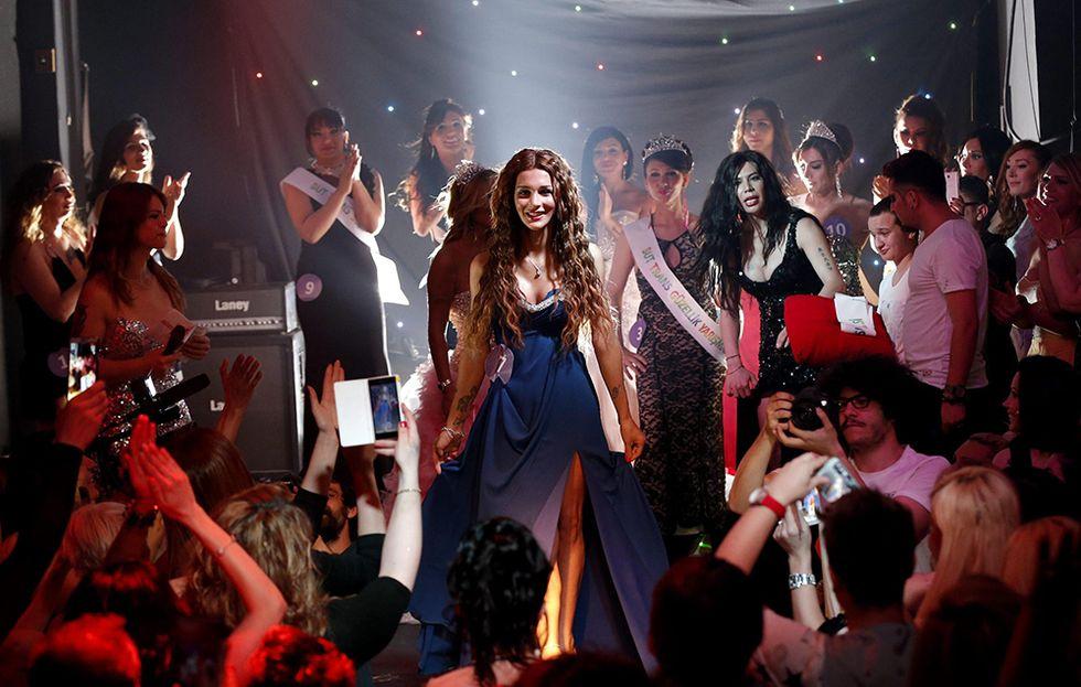 Miss trans a Istanbul: gara di bellezza contro la violenza