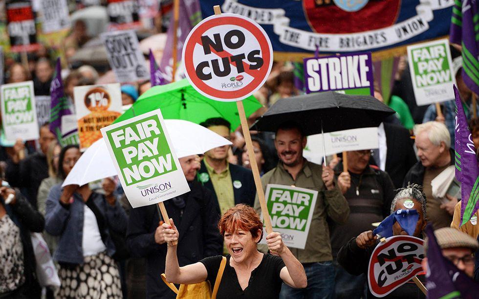 Maxi sciopero anti-austerità nel Regno Unito e altre foto del giorno, 10.07.2014