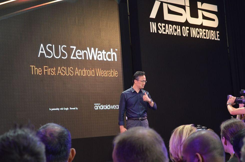 Asus a IFA 2014 con ZenWatch, Eeebook e ZenBook