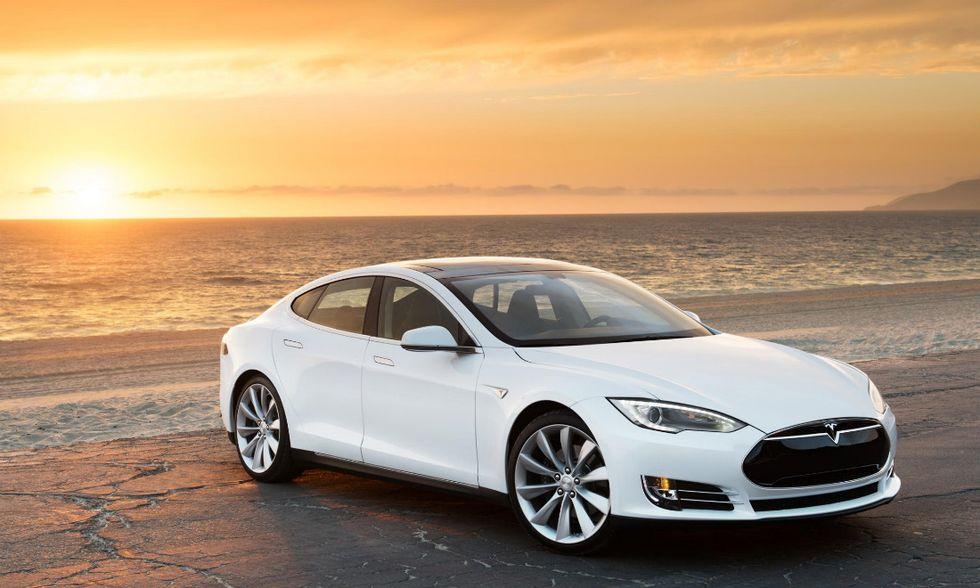 Tesla D, le cinque cose da sapere