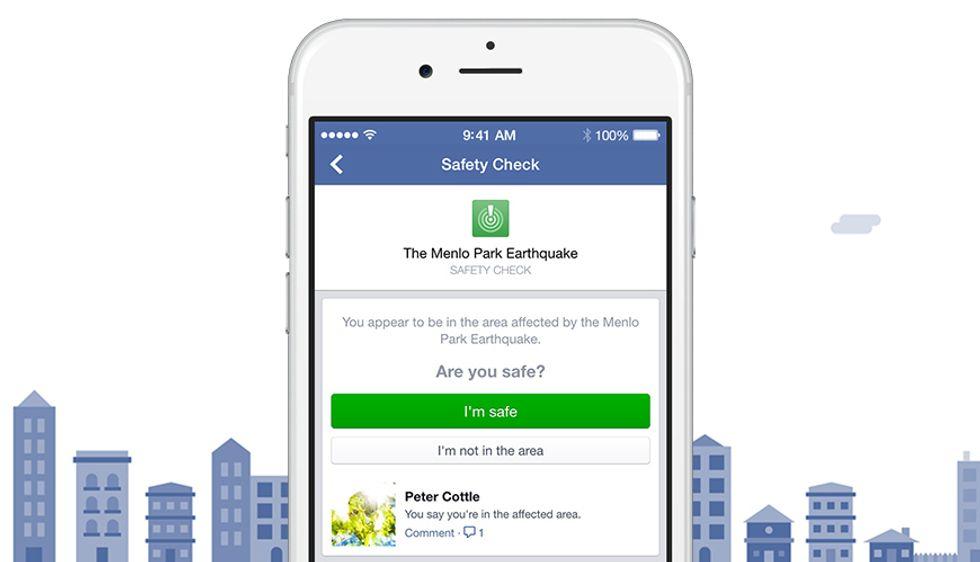 Facebook, come funziona Safety Check per l'emergenza a Bruxelles
