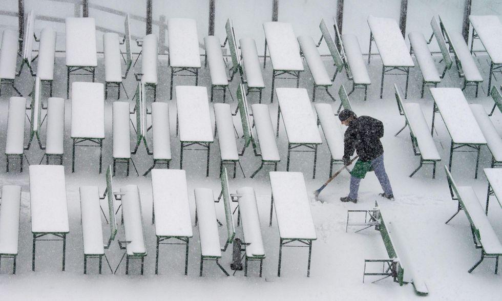 Le prime nevi d'autunno sull'Europa