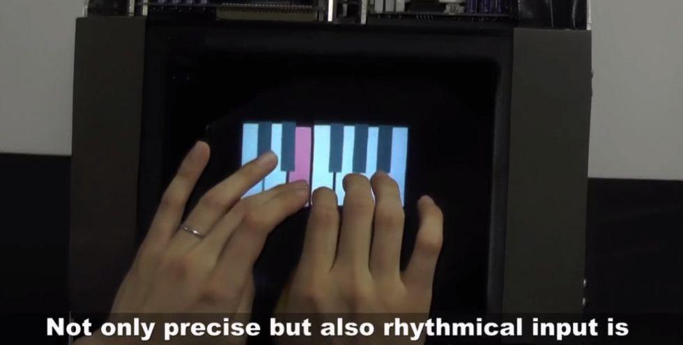 HaptoMime, il primo touchscreen che non si può toccare