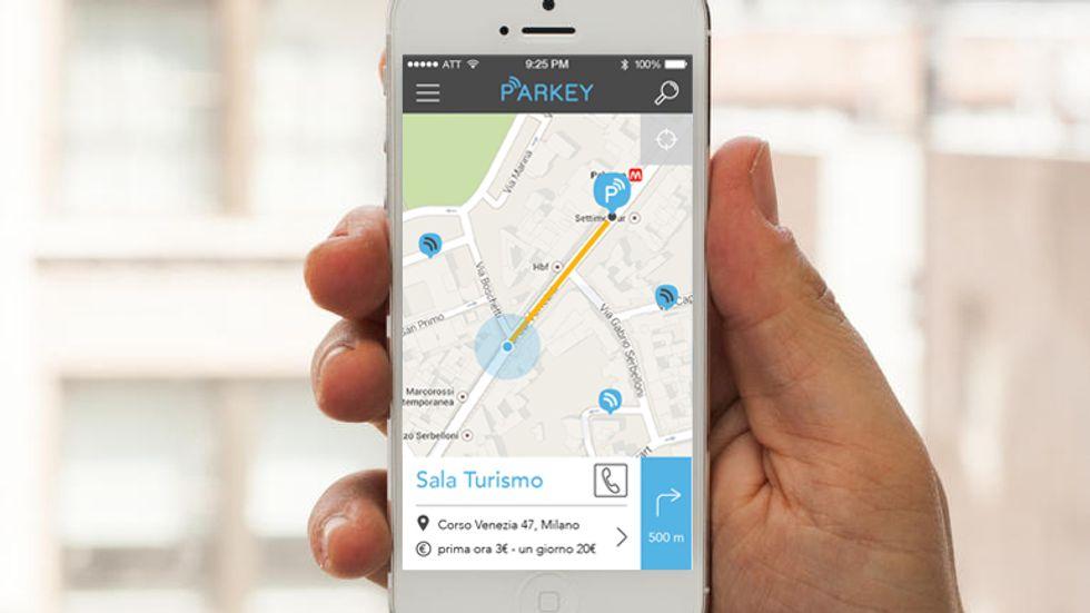 Parcheggiare con lo smartphone: Milano sogna il modello San Francisco