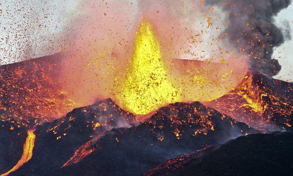 Capo Verde, il risveglio del vulcano di Fogo
