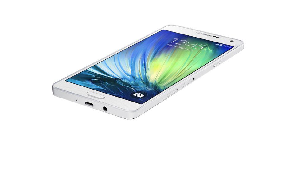 Samsung Galaxy A7: fuori metallo, dentro 8 core
