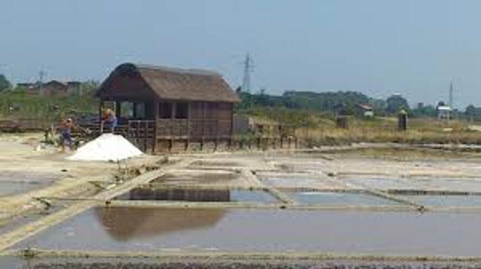 Exploring Italian salt routes in Cervia
