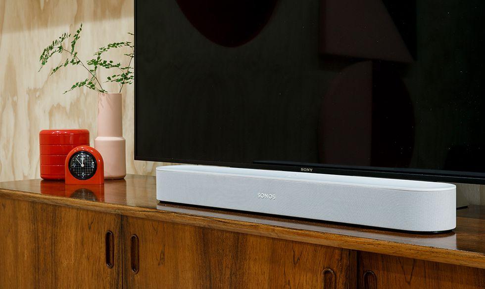 Sonos Beam, la soundbar che si prende tutto l'audio di casa