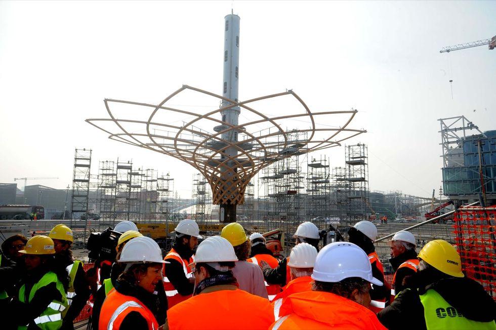Expo 2015, pronto l'Albero della Vita. Le foto