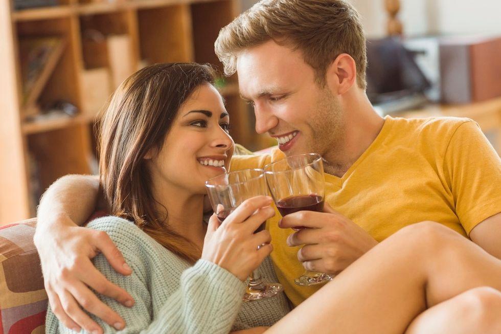 Una bottiglia di vino per capire se è vero amore