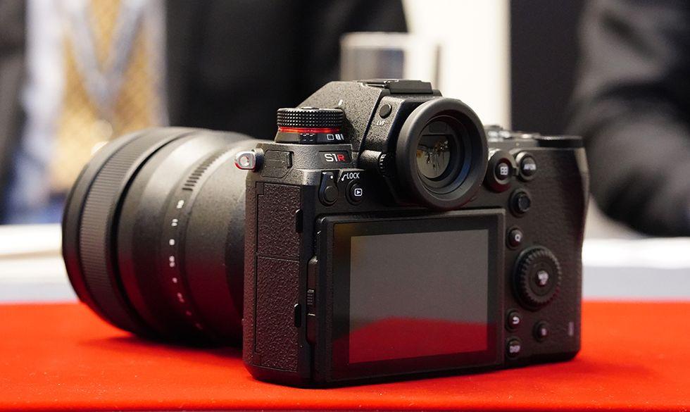 Lumix S1 e S1R: anche Panasonic ha le sue mirrorless full frame