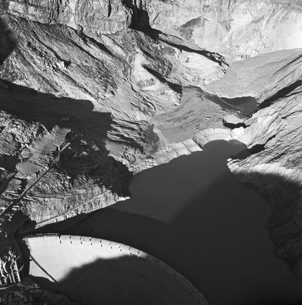 55 anni fa la tragedia del Vajont: storia e foto della costruzione della diga