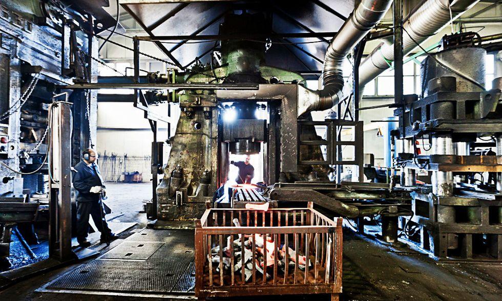 Istat: cresce il fatturato dell'industria, ancora in calo le vendite al dettaglio