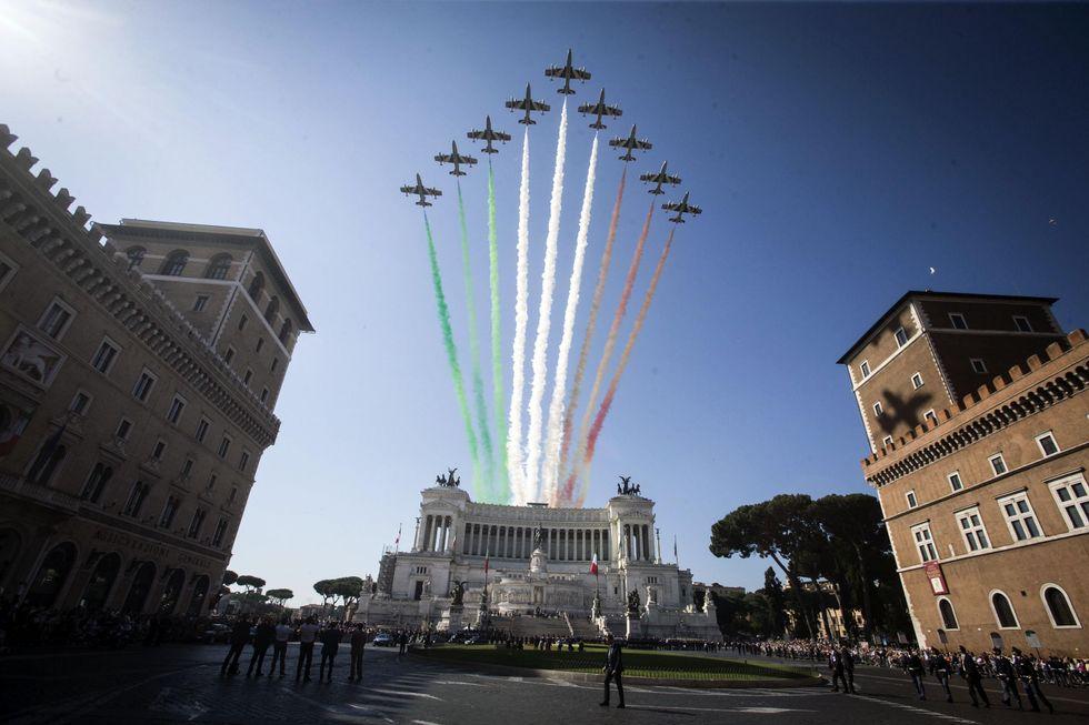 Festa della Repubblica: le foto della parata a Roma