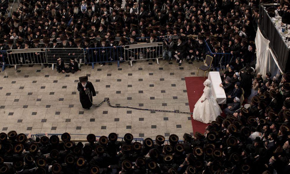 Gerusalemme, foto da un matrimonio chassidico