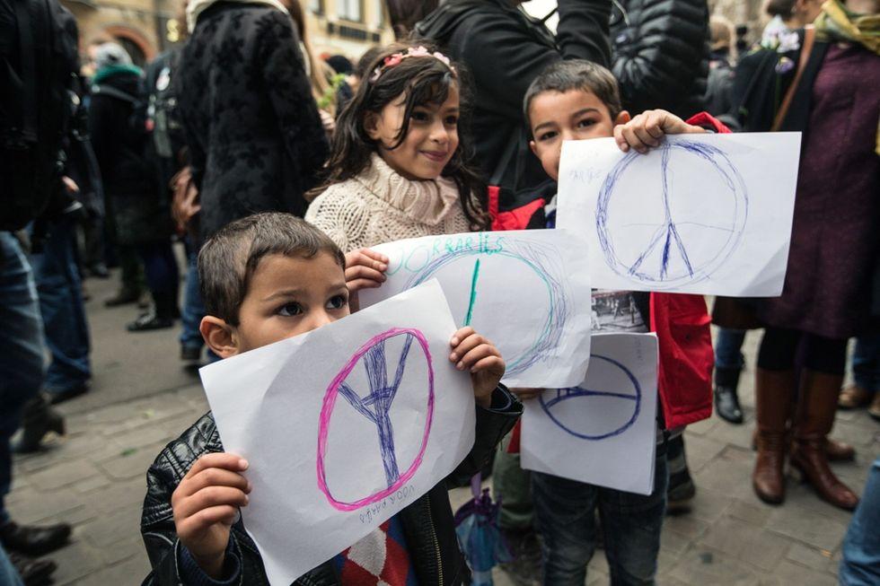 Belgio: bambini addestrati contro l'ISIS