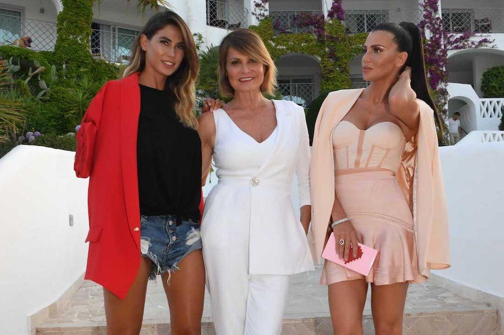 #Estate, Simona Ventura e Rosa Perrotta ospiti