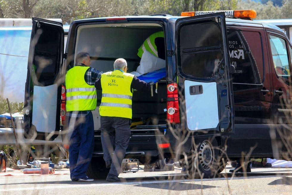 Francia, scontro frontale tra bus: 12 morti