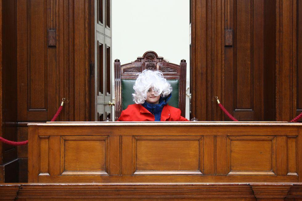 Mai più ingiustizie se alla Corte siede l'Intelligenza Artificiale