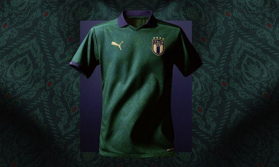 Italia, contro la Grecia ecco la maglia verde per la nazionale I VIDEO