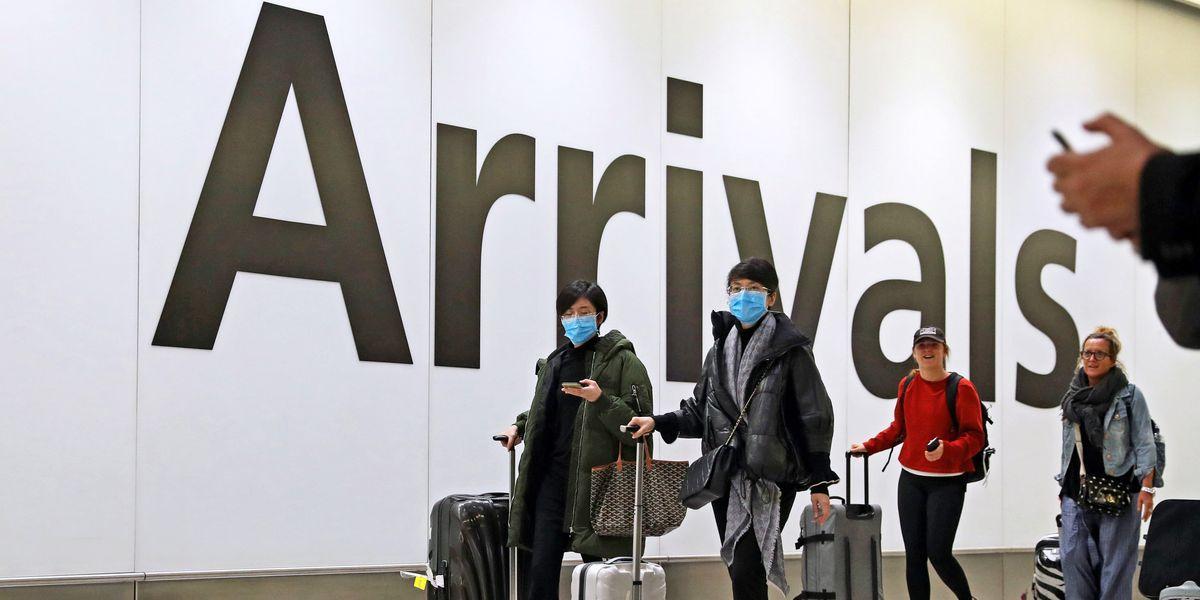 Ecco come viene aggirato il blocco dei voli dalla Cina