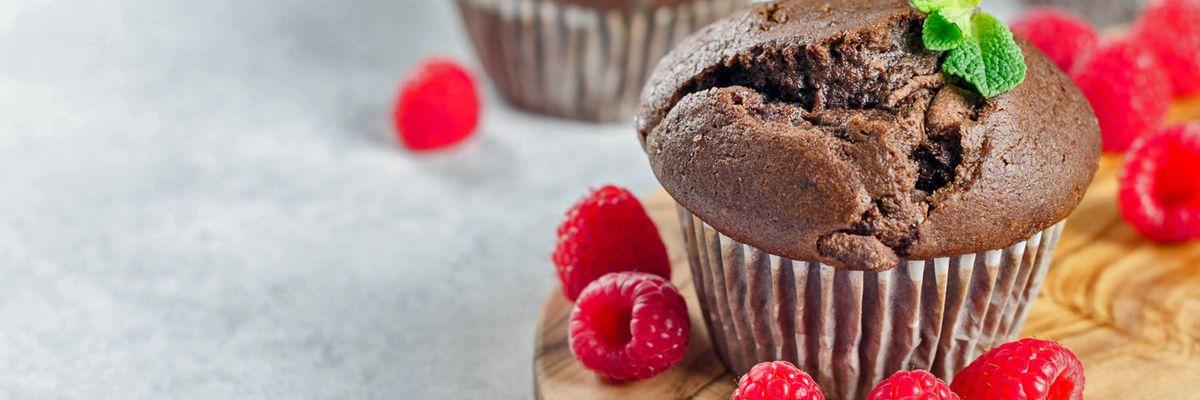 Cuciniamo insieme: tortino al cioccolato con cuore di lampone