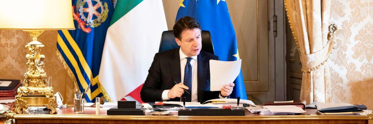Conte promette 400 miliardi ma sarà una corsa a ostacoli