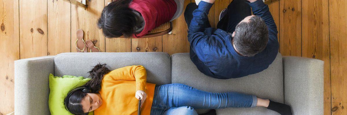 Coronavirus: reddito dimezzato per una famiglia su due in Italia