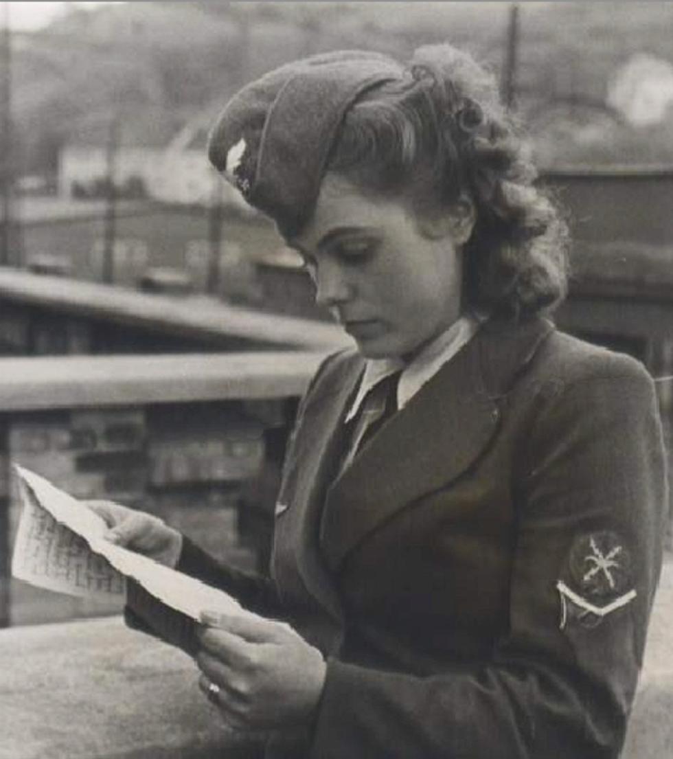 «Tanti baci appassionati, mia sporca bestiolina»: lettere d'amore a Hitler