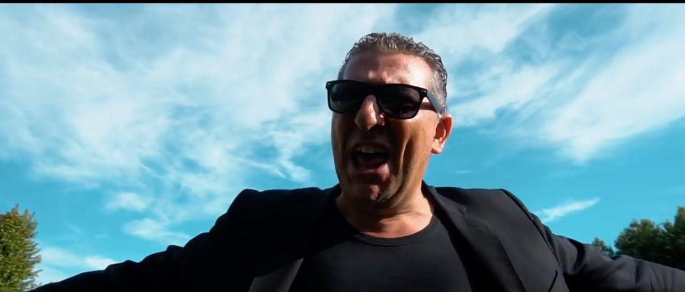 Toga, il videoclip di Dietro le sbarre - Anteprima