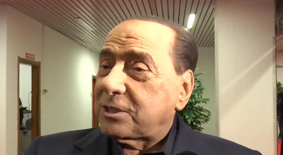 """Berlusconi contro Gazidis: """"Milan in serie D? Frasi da dire nel cesso"""" I VIDEO"""