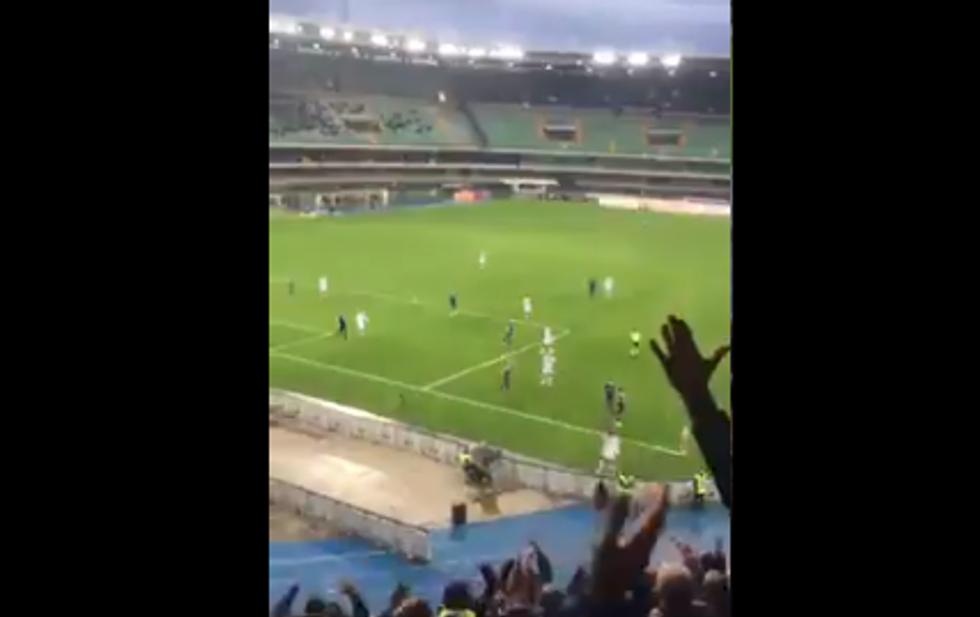Verona-Brescia: ecco i cori e gli ululati razzisti contro Balotelli - VIDEO