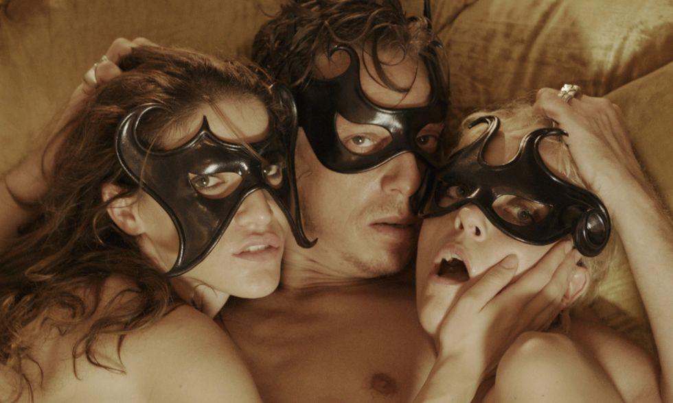 Holiday, thriller erotico di Luca Immesi e Giulia Brazzale - Teaser