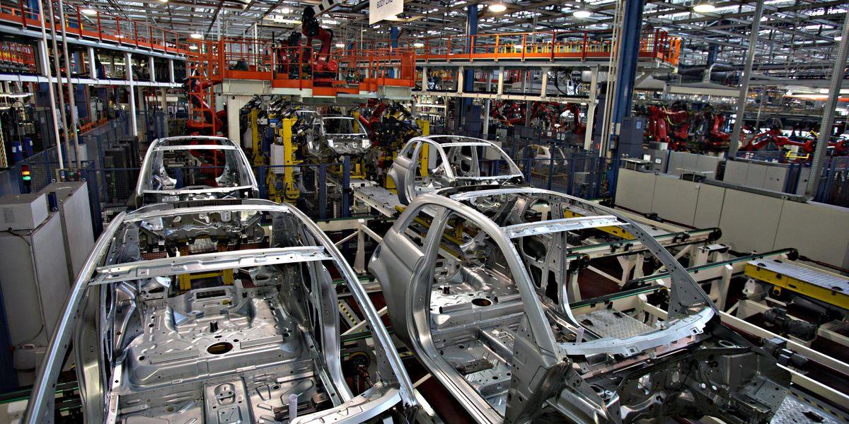 industria produzione catena di montaggio