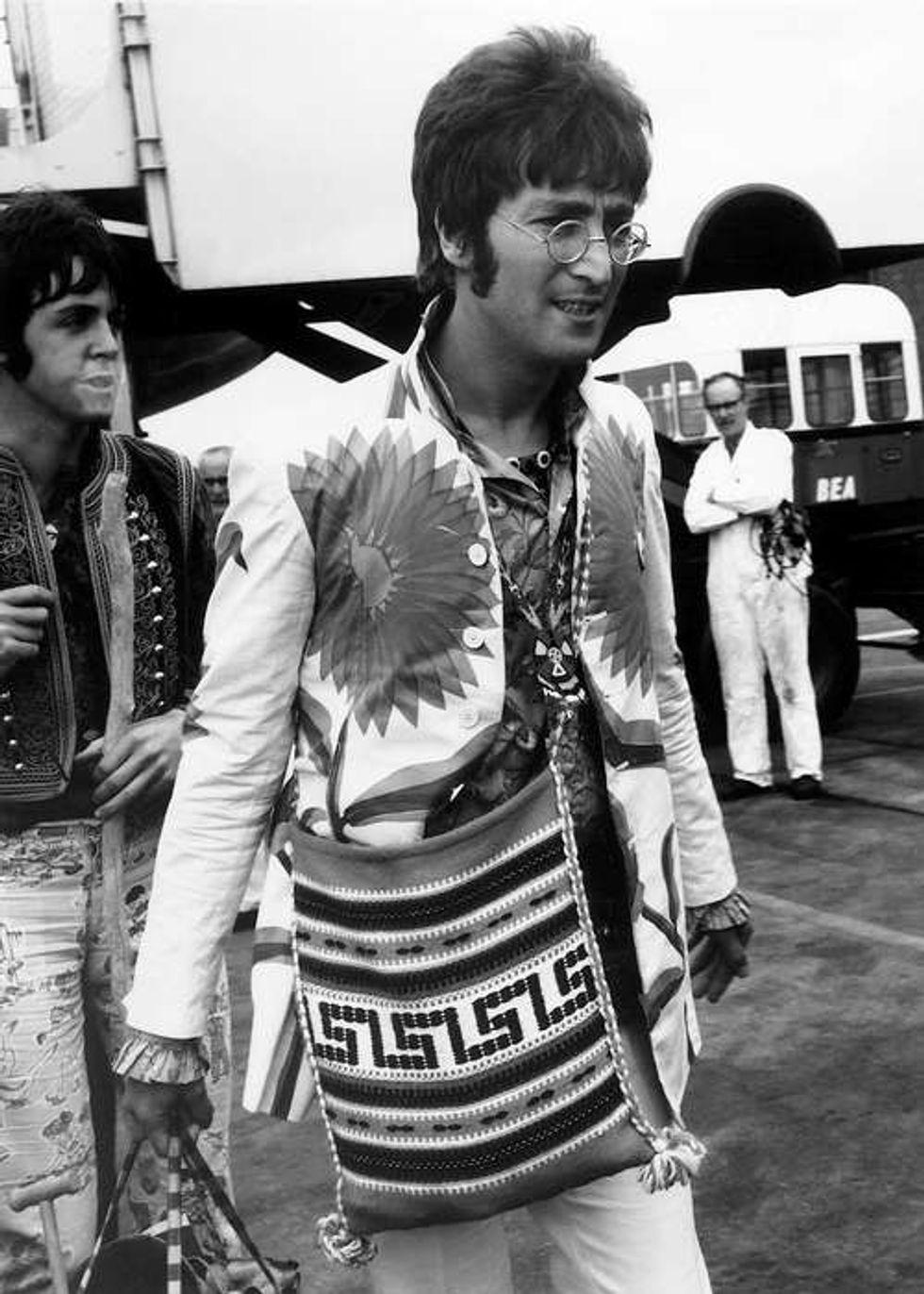 Su Twitter il compleanno nostalgico di John Lennon