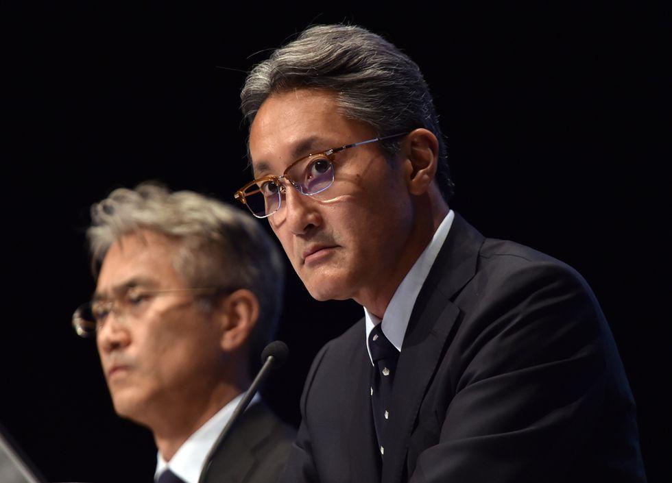 Gli smartphone Sony non vendono: il gruppo perde 2 miliardi