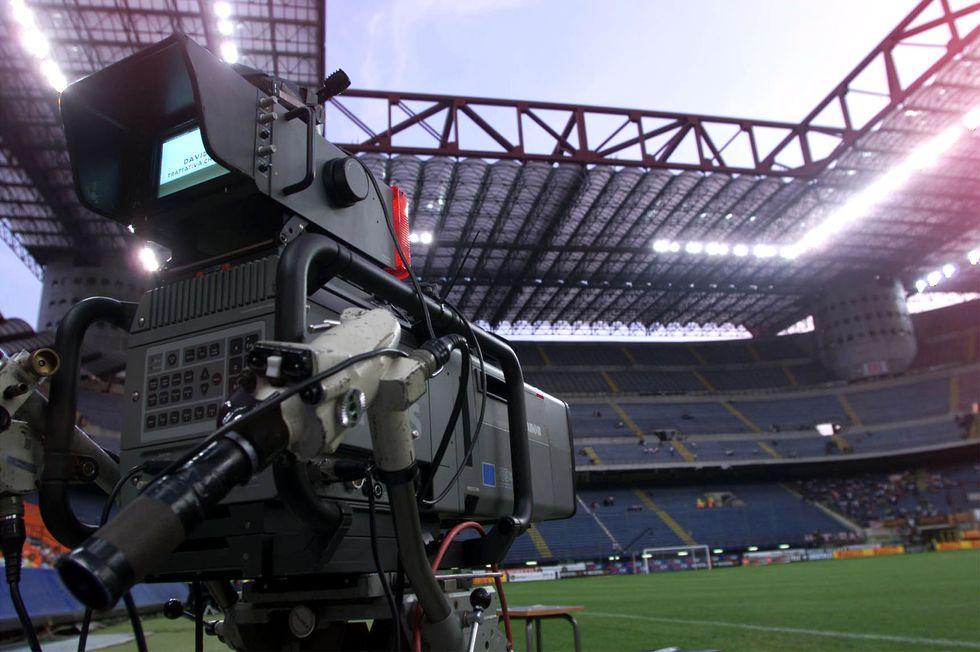 accordo sky mediaset diritti tv serie a 2018 2021
