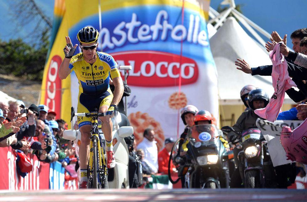 Giro - Quintana ormai vincitore, ma perde il tifo