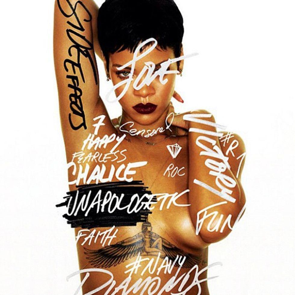 Rihanna twitta il nuovo album ed è subito delirio